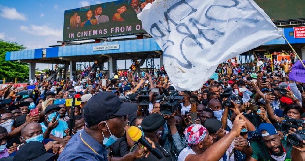 #EndSars: Protesters Sing Davido's 'Fem' As Gov. Sanwo-Olu Addresses Them (Video)