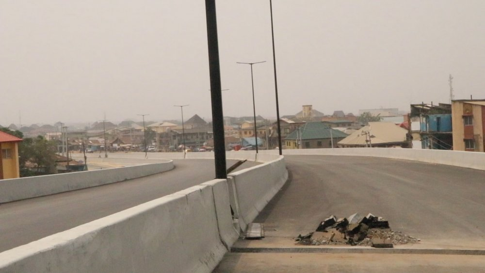 #AgegePenCinemaBridge2 Agege Pen Cinema Bridge to be opened on Friday