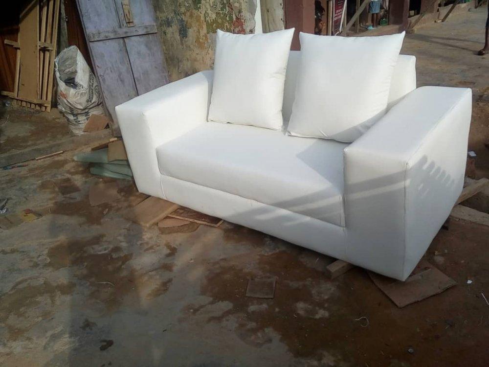 Furniture in Alapere, Ketu
